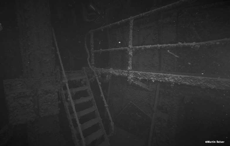Diving inside the Shinkoku Maru